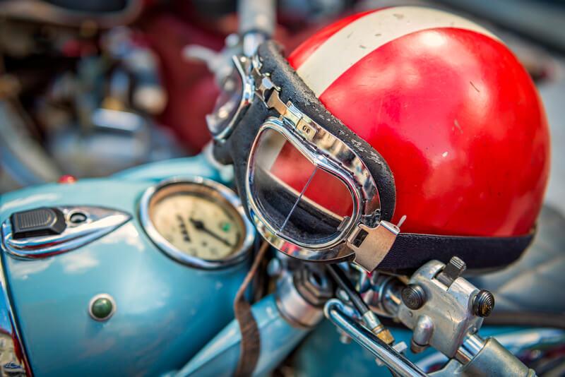 vintage motorartikelen aanschaffen